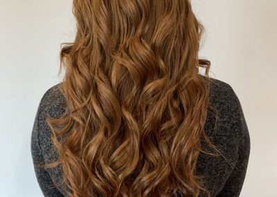 Long flowing red hair after Hair Extensions